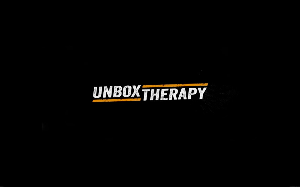 unbox-therapy-typography-large-1044098791.jpg